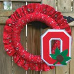 Easy Ruffled Fabric Wreath Tutorial