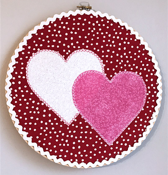 Valentine's Day crafts - embroidery hoop wall hanging wreath